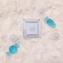 """目元に透明感をあたえる""""青ラメ""""がかわいすぎる♡2018年春注目の青ラメアイテムがこちら"""