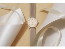 """シンプルで美しいバウハウス調の腕時計""""NOMOS""""に新シリーズ"""