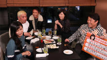 広瀬アリス、菊池桃子、HIKAKINがロケ「本音でハシゴ酒」のお店紹介in神泉