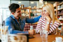 「君は運命の彼女だ」と言う男子はチャラい?まともな男子が口にしないセリフとは?
