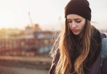社交的なあなたが恋愛対象にされない本当の理由とは?