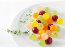 果実のようなフルフル食感がたまらない!新食感グミに春限定味