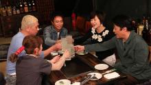 三田寛子&中村福之助、藤あや子がロケ「本音でハシゴ酒」のお店紹介in広尾