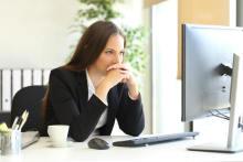 職場で「恋愛対象外」になっている女性の特徴