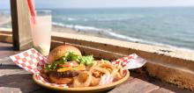 ハワイ発・テディーズビガーバーガーにキュートな「ピンクバーガー」2種が期間限定で登場♡