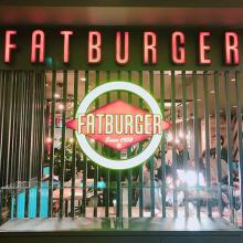 L.A.発「ファットバーガー」が日本上陸!レトロアメリカンな店内で味わう本格派のハンバーガーは絶品でした♡