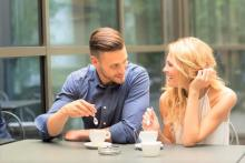 男性が初対面で「ナシ」と思う女性の話し方3つ