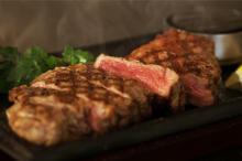 お昼からステーキもいいね♡お肉大好き女子におすすめのビアガーデンが新宿伊勢丹屋上にオープン!