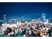 夏の夜空と地中海料理を楽しむ地上50メートルのビアガーデン