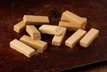 パティスリーキハチ、人気の東京みやげに新作「モンブラン&レアチーズケーキ」が仲間入り♩
