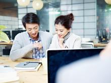職場の好きな男性に「相性がいい」と思ってもらえる4つの方法