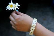 鮮やかな花を閉じ込めた「花束ブレスレット」が素敵♡ヴィレヴァンオンラインにて予約販売がスタート!