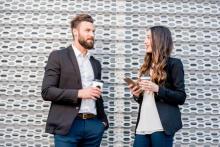 職場恋愛で失敗する女性の残念な4つの特徴