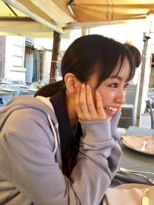 欅坂46・今泉佑唯の自撮り動画が「かわいすぎる!」と話題 写真集SNSで公開