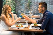初デートで会話に困ったら……自然に話せる話題4つ