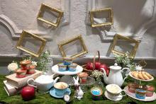 """ハーゲンダッツ新作は""""童話""""がテーマ。見た目もかわいい「アリスの紅茶」と「白雪姫の林檎」を食べてみました♩"""
