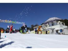富士山2合目のスキー場が今年も日本一の早さでオープン!