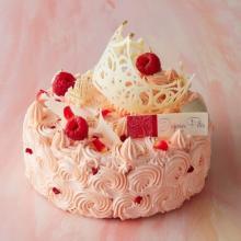 人気パティシエが大集合♡伊勢丹新宿店限定のクリスマスケーキは「前に進む力」がテーマ♩