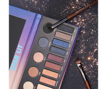 MAKE UP FOR EVERのホリデーシーズン限定商品が登場!注目は18色がセットになったアイシャドウパレット