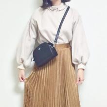 「スウェット×今どきスカート」でオシャレに。インスタで見つけたスウェットの着こなしをご紹介♡