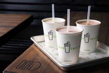 シェイクシャックから期間限定のホリデーシェイクが登場!ノルディック風なイラストのカップもかわいい♡