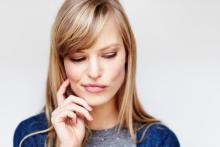 声がかけづらい…男性が近づきにくい女性の特徴3つ