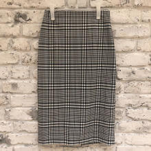 ZARAのセールがついにスタート♡お得な期間にゲットするべき、高見えチェック柄スカートをご紹介!