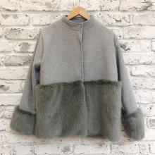 真冬の本気コートをDHOLICで発見!上品さとあたたかさの欲張りハーフネックコート