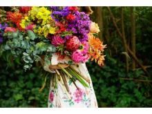 新進気鋭フラワーアーティストの展示会「色を纏う花展」開催