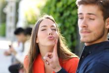 男がドン引きしたアラサー彼女との「付き合って最初のキス」