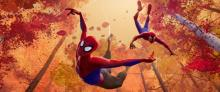 ピーター・パーカーが中年オヤジに 『スパイダーバース』衝撃映像