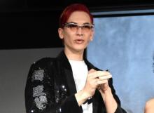 世界的メイクアップアーティストMiss Fameがメイク実践  インフルエンサーの前で腕前披露