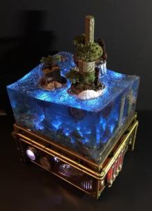 """世界滅亡をイメージした幻想的な""""水没廃墟ジオラマ""""「水中と水上を同時に見る面白さ」"""