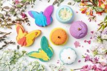 優雅なバスタイムをプレゼント♡フラワー&蝶々モチーフのLUSH「マザーズデイコレクション」が華やか♩