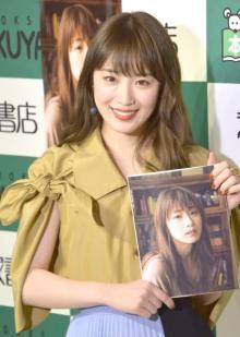 乃木坂46高山一実、親友・西野七瀬の卒業で「次の日まで泣いて、目が腫れました」