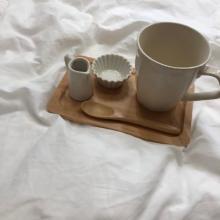 100円アイテムで簡単におしゃれな「#おうちカフェ」ができちゃう?今すぐGETしたいナチュラルキッチンの食器をご紹介♩