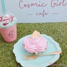 カラダに優しいユニコーンカラー♡原宿にOPENした世界初の「コスミックガールカフェ」をチェック!