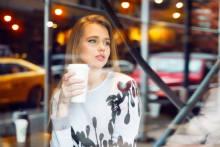 男性から雑な扱いを受けやすい女性のタイプ3選