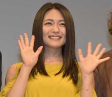 【沖縄国際映画祭】川村ゆきえ、肩出しドレスで魅了「観ていただけてホッ」