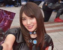 【沖縄国際映画祭】森咲智美、胸元大胆な『GANTZ』コスで魅了 ノンスタ井上がデレデレ
