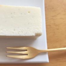 """白く四角い何これな物体。正真正銘の美味しさが味わえる福岡カフェ""""Abeki""""のホワイトチーズケーキが気になる!"""