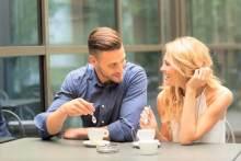 社会人男性が「付き合いたい」と思う女子の特徴とは?