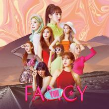 【YouTubeチャート】TWICE「FANCY」2週連続1位 T・スウィフト新曲9位初登場