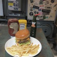 「ハンバーガー欲」はここで満たそう♡ワイルドな見た目にくぎ付けになる東京都内のおしゃれハンバーガー店6選