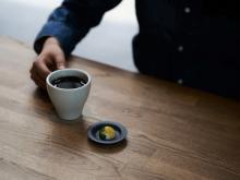 一粒のチョコとこだわりの器で愉しむ、極上のコーヒータイム!