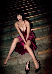 池田エライザ、初写真集の秘蔵カットを大ボリューム公開 オフショットも