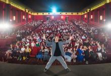 映画『キングダム』興行収入50億突破 主演・山崎賢人はシンガポールのイベントに登場