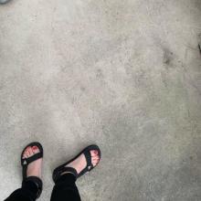 もうすぐサンダルの季節。足元のおしゃれは大丈夫?インスタで見つけた今すぐ真似したい今どきのフットネイルはこれだ♡