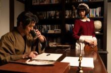 杉咲花、7・5『LIFE!』に初出演 アドリブ&二人芝居で圧巻の演技