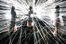 "Perfume、""新装""渋谷公会堂でこけら落とし8公演 『Reframe』1年半ぶり再演"